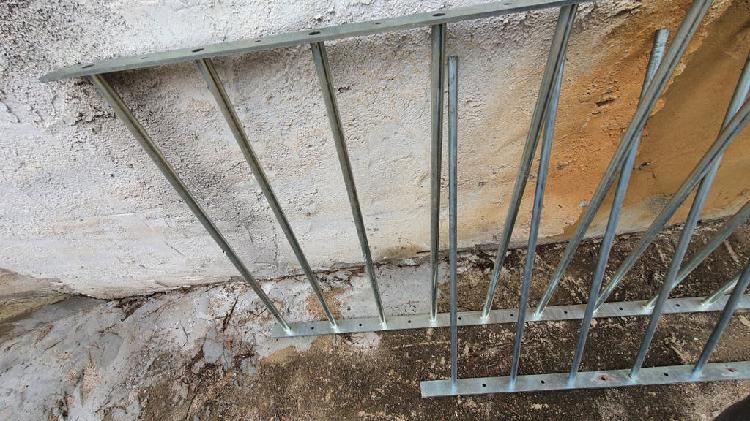 Reja acero anti ocupa