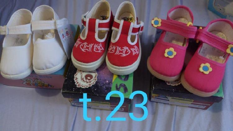 Zapatos variados niños/as y bebés