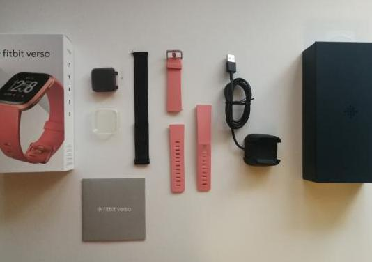 Smartwatch fitbit versa nuevo y accesorios