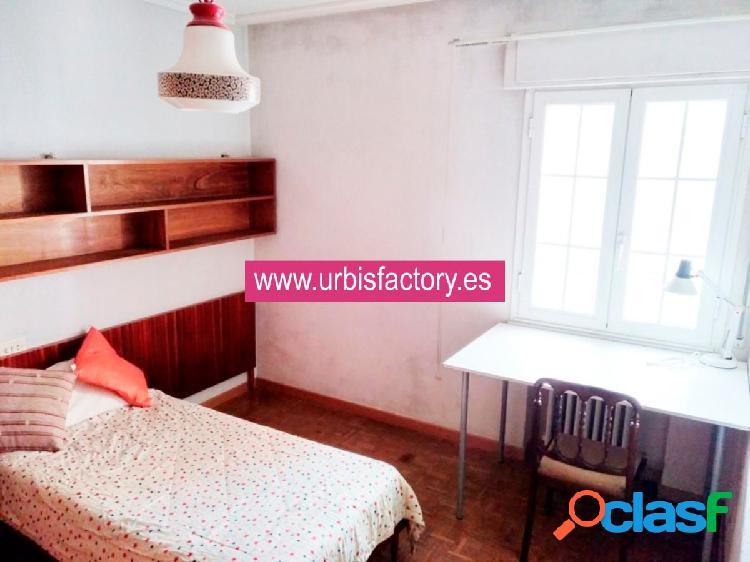Urbis te ofrece un estupendo piso en venta en zona Labradores, Salamanca. 1