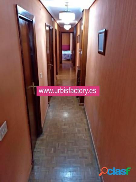 Urbis te ofrece un estupendo piso en venta en zona Labradores, Salamanca. 2
