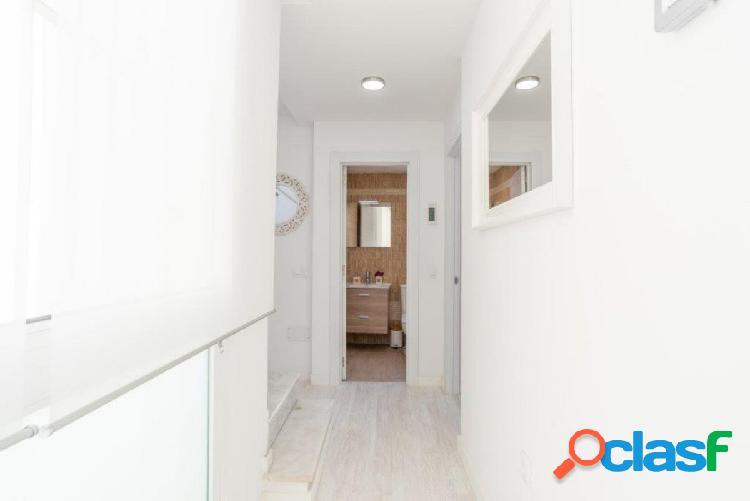 ATICO DUPLEX DE 1 DORMITORIO con terraza de acceso y uso exclusivo de 29,63 m2 1