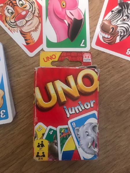 Juego mesa cartas uno junior