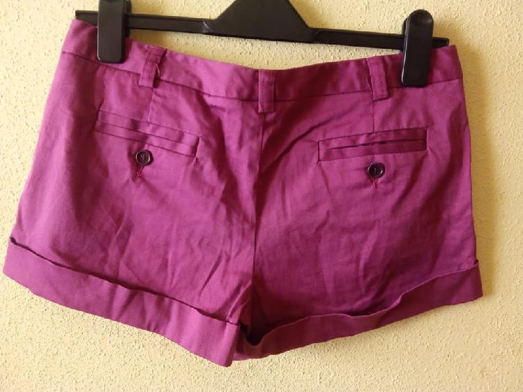 Pantalón corto talla 40