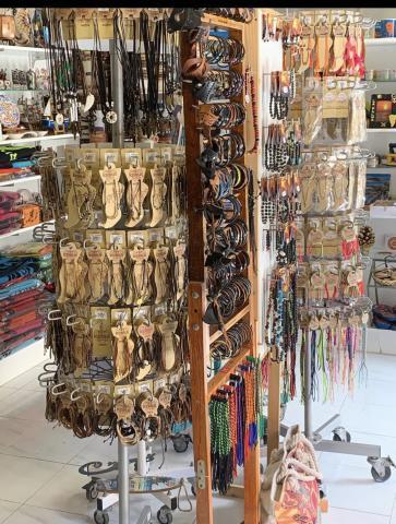 Se traspasa tienda de artesanía