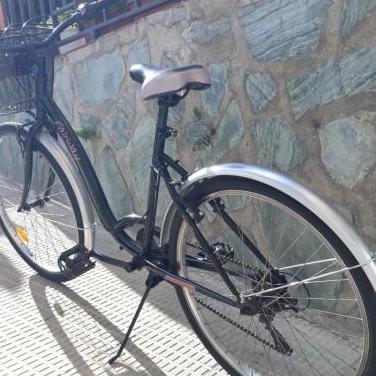 Bicicleta de paseo practicamente nueva