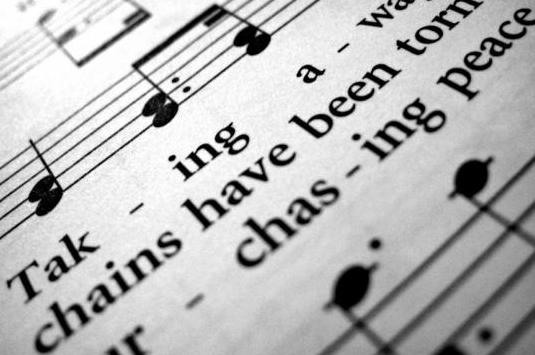 Clases, canto y piano, presencial y skype