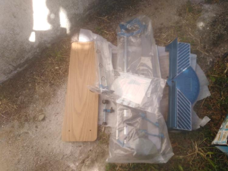 Caja de ingletes con sierra