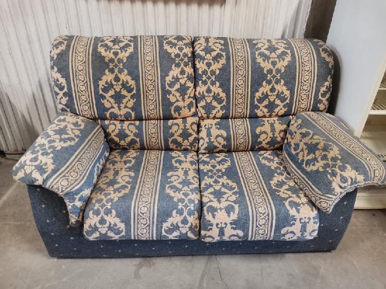 Sofá de 2 plazas color azul