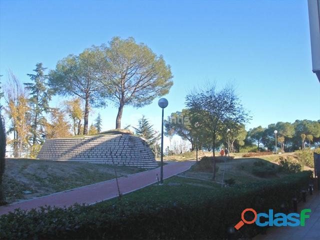 Alquiler Madrid San Blas Aeropuerto 60 m. 3 piscinas Polideportivo.Seguridad OPCION COMPRA 1