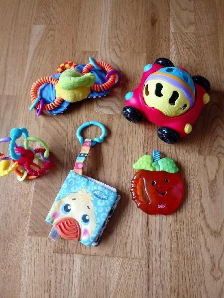 Lote 5 juguetes bebé