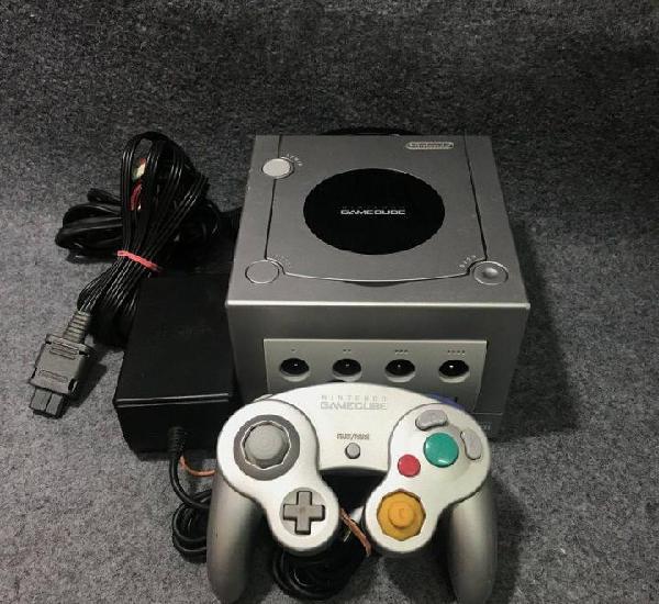 Consola nintendo game cube plateada+mando+av+ac