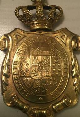Medalla doctor universitario por isabel ii