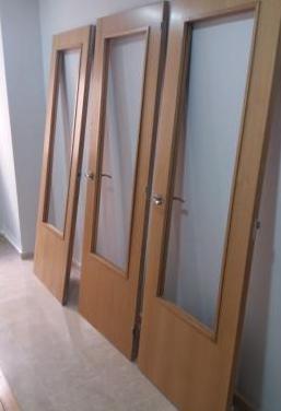 Puertas interiores de roble nuevas (3)