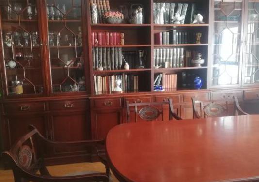 Salón comedor clásico madera noble