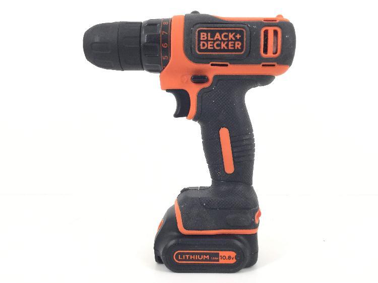 Atornillador a bateria black and decker bdcdd12qw