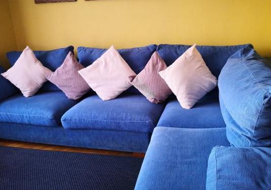 Sofá chaislongue azul