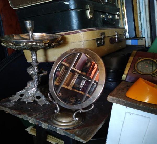 Antiguo espejo de mesa tocador base redonda 14 cm. ovalado