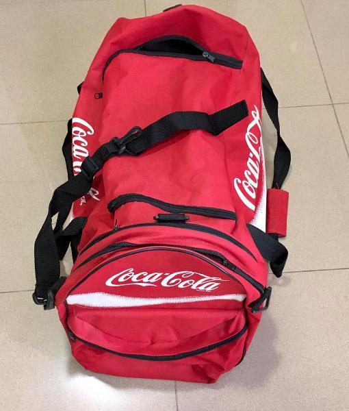 Bolsa deporte y mochila coca-cola