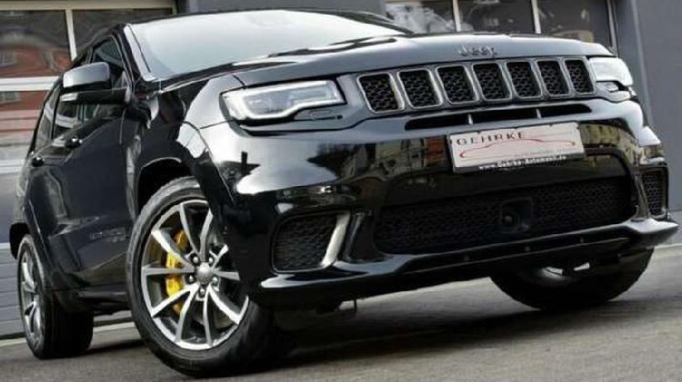 Jeep grand cherokee 6.2 v8 trackhawk new only 24 kms..!!..