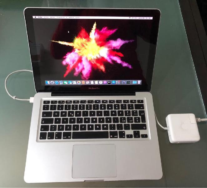 """Macbook pro 13"""". 8 gb ram. 256 gb ssd + regalos"""