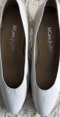 Zapatos de mujer en piel. nº. 36