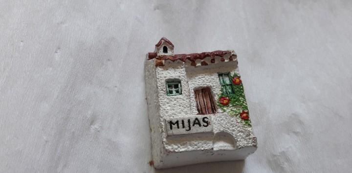 Casita miniatura ceramica recuerdo de mijas