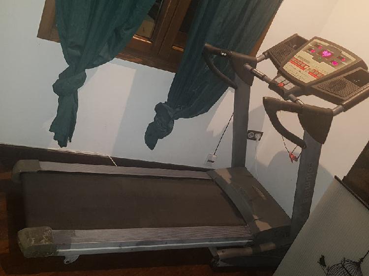 Maquina de correr columbia pro