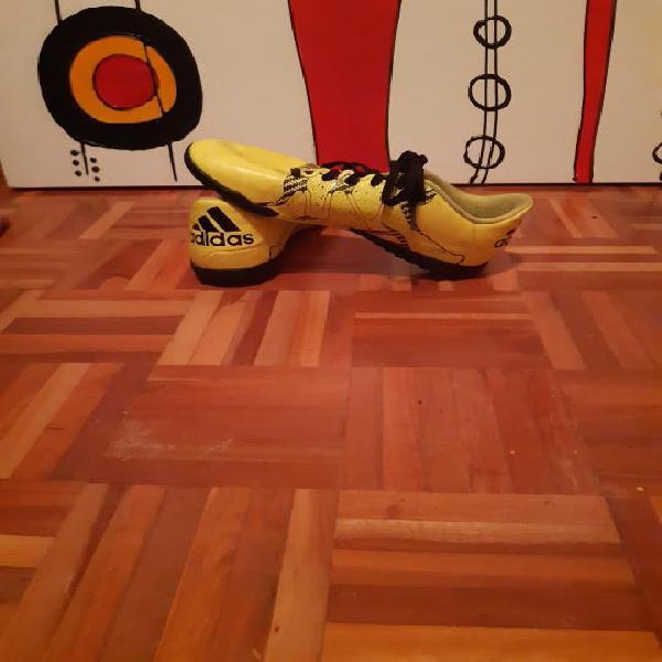 Zapas de fútbol sala adidas amarillas