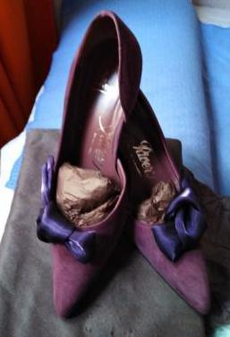 Zapatos de fiesta morados