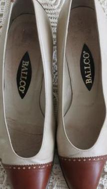 Zapatos ballco en beige y marrón.talla:37
