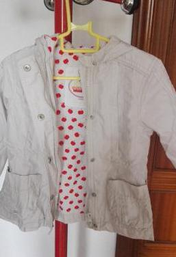 Zara abrigo con capucha, forro estampado