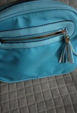 Bolso azul claro