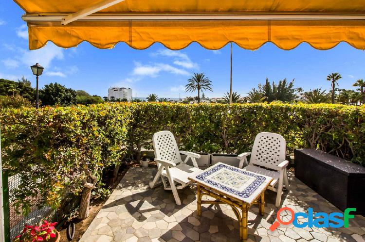 Exclusivo bungalow de 2 dormitorios con terraza y vista al mar en San 3