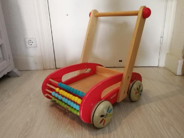 Andador bebé madera