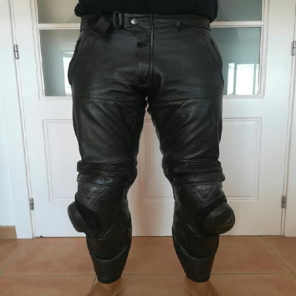 Dainese pantalón de piel talla 46