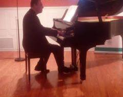 Profesor de música piano