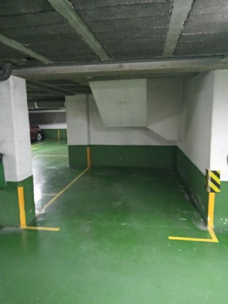 Alquiler plaza de garaje para coche pequeño