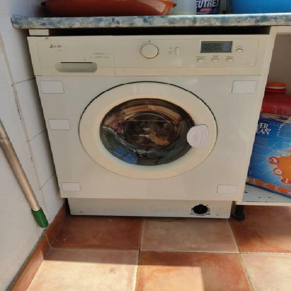 Lavadora secadora edesa