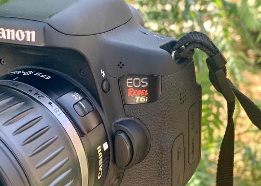 Cámara fotos canon 750d (rebel t6i)