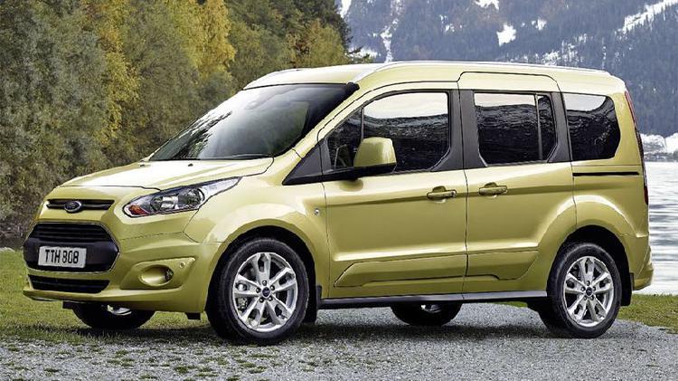Ford tourneo connect grand 1.5tdci auto-s&s titanium 120