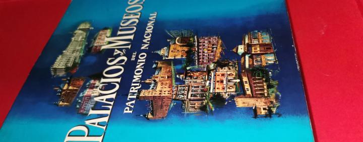 Palacios y museos del patrimonio nacional. formato gran