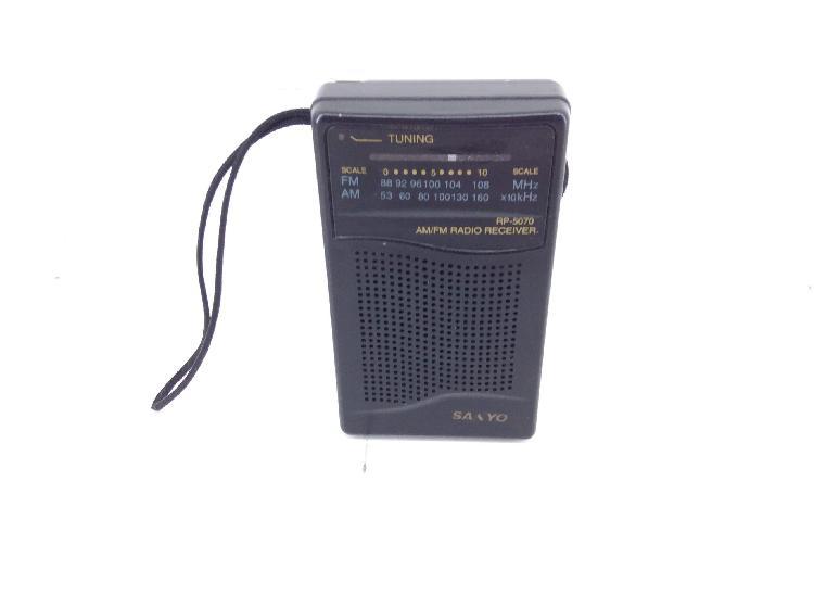 Radio portatil sanyo rp-5070