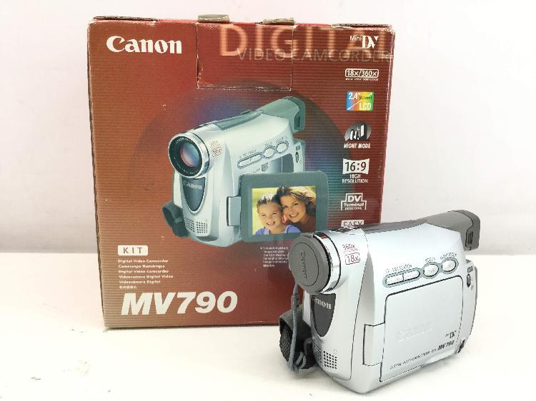 Videocamara digital canon mv790