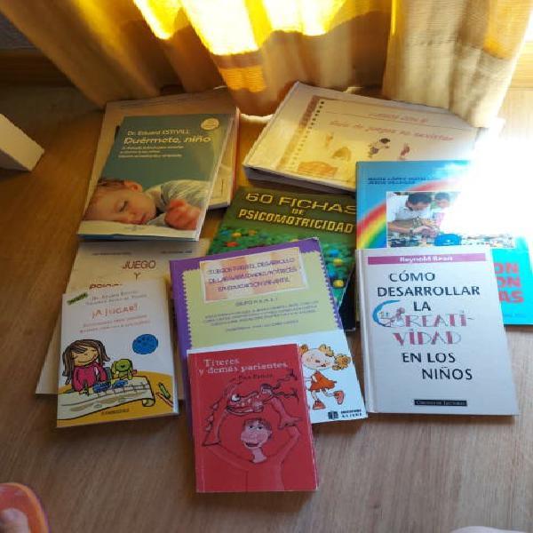 Lote de libros 15€.