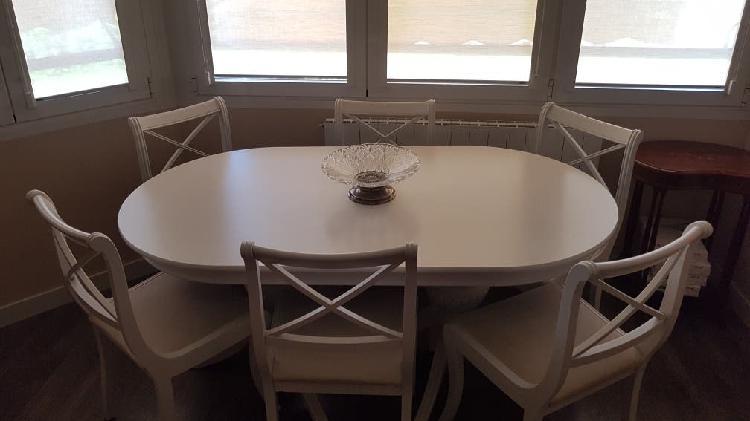 Mesa de madera maciza + 6 sillas