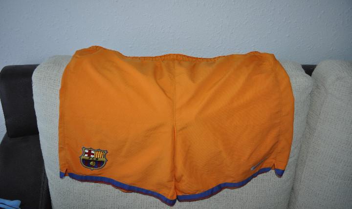 Pantalón f.c. barcelona. talla l. muy grande. bastante