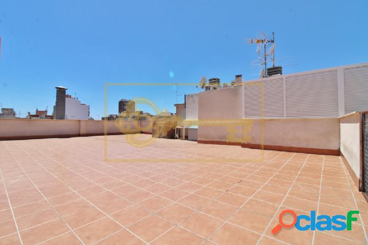 Magnífico ático de 205m2 construidos en pleno centro de Alicante 3