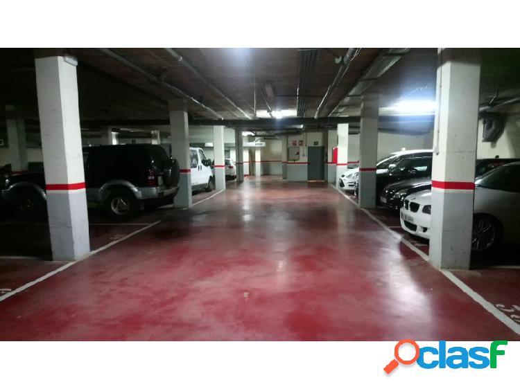 Plaza de parking en eixample sud - c/de santiago