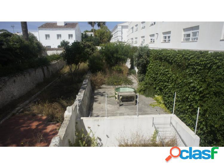 Casa en venta en menorca (maó / mahón) de 390m2 con 4 habitaciones y un enorme patio